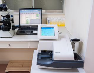 尿自動分析装置 クリニテックアドバンス